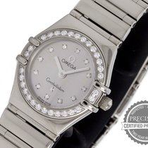 Omega White gold Quartz Silver 22.5mm pre-owned Constellation