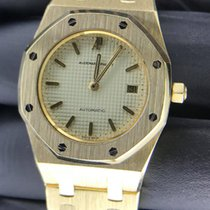 Audemars Piguet Royal Oak Yellow gold 34mm White No numerals Canada, Victoria British Columbia