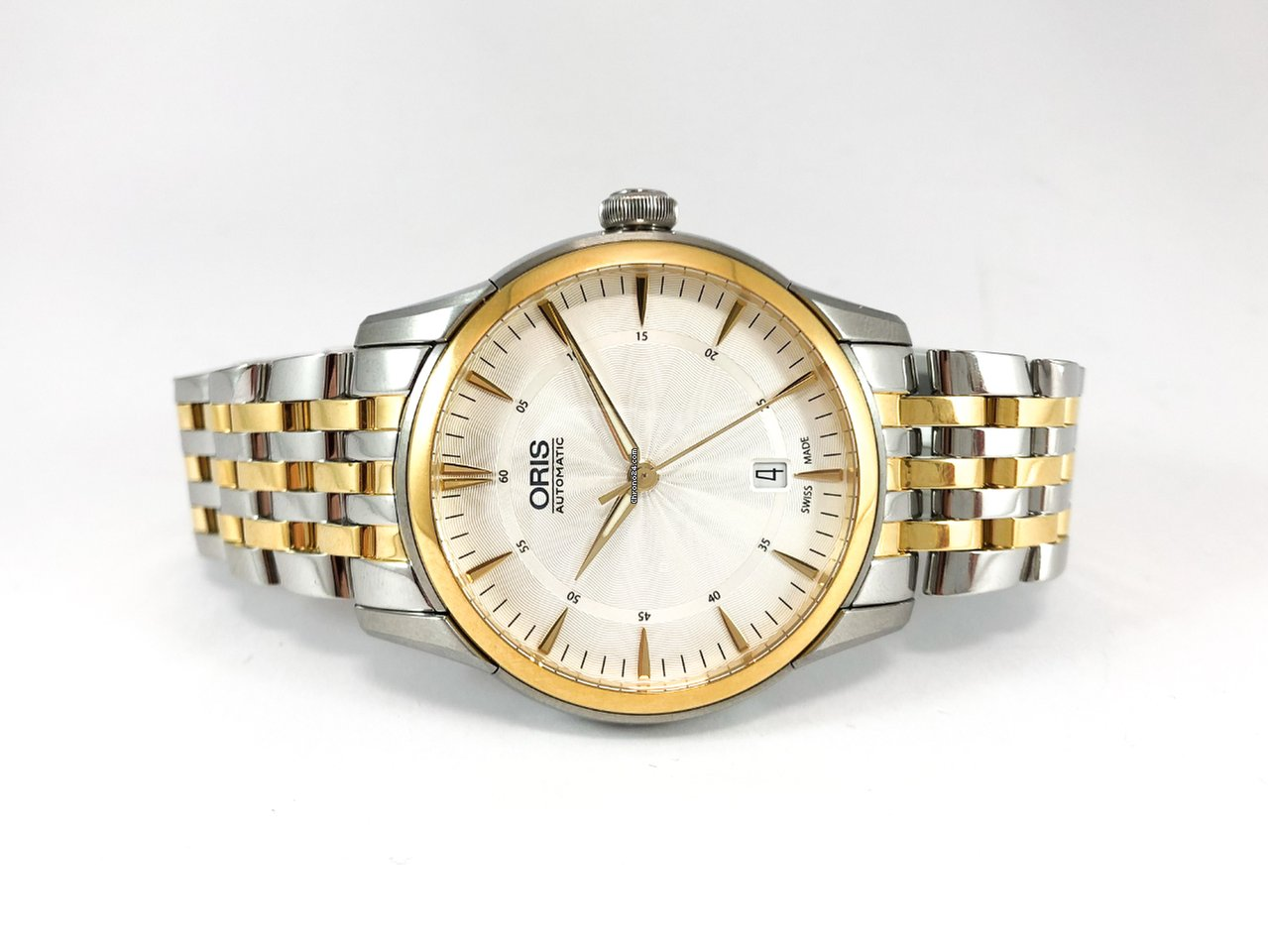 4b346767bfc Buy affordable new watches on Chrono24