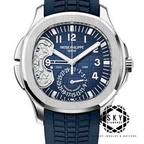 Patek Philippe Aquanaut Or blanc 40.8mm Bleu Arabes