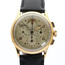 Universal Genève Compax 42201 pre-owned