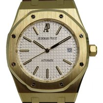 c8a95132adc2b Audemars Piguet Yellow gold Automatic White 39mm pre-owned Royal Oak  Selfwinding