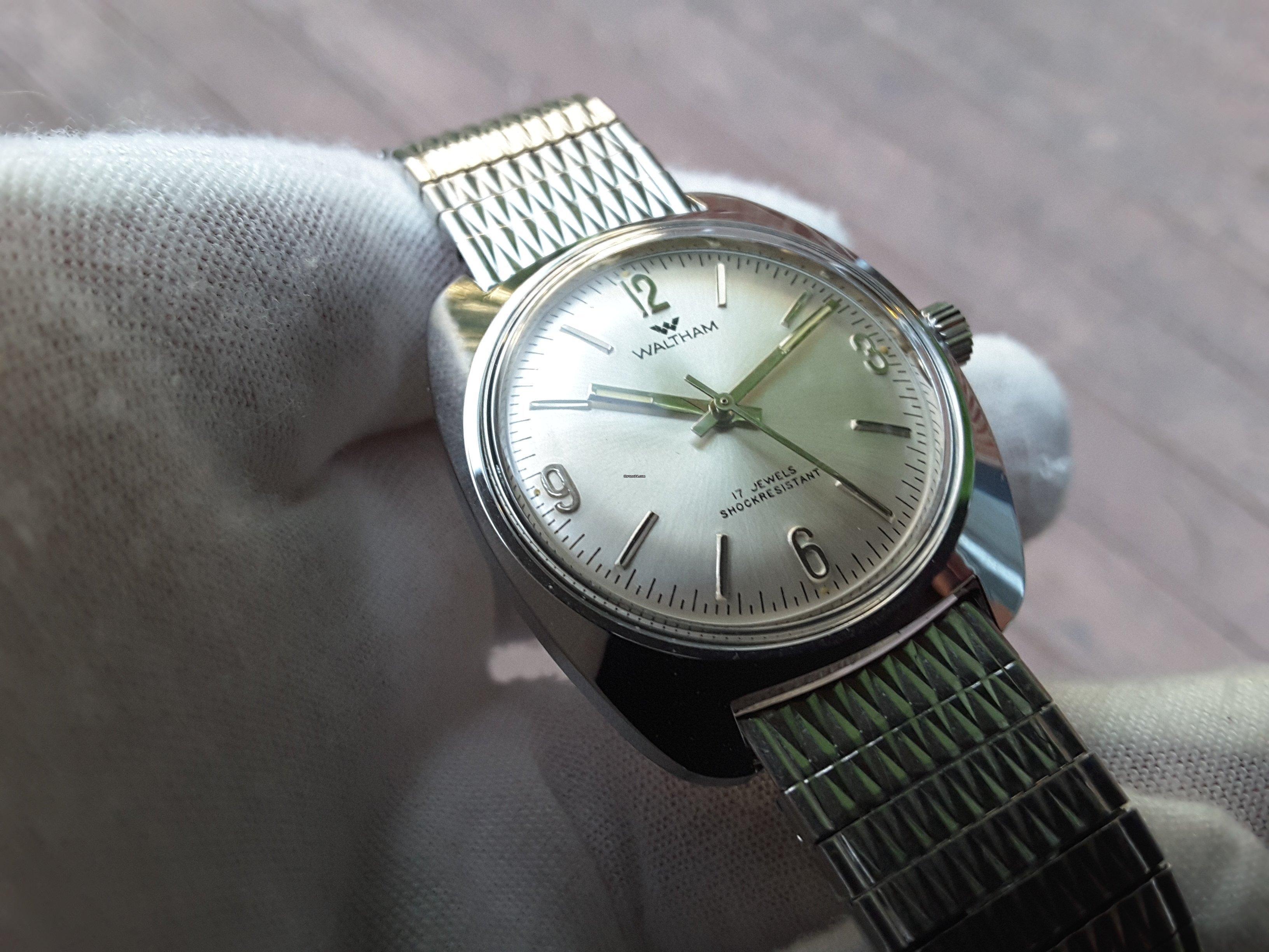 Waltham armbåndsur dating