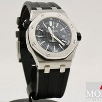 Audemars Piguet Royal Oak Offshore Diver Acero 42mm Bordeaux Sin cifras