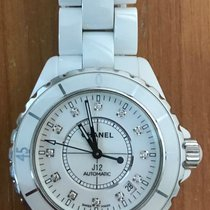 Chanel J12 H1629 pre-owned