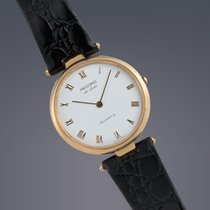 Pre-owned Record De-luxe 9ct yellow gold quartz watch
