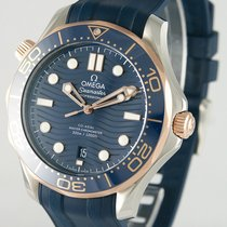 Omega Seamaster Diver 300 M pre-owned 41mm Gold/Steel