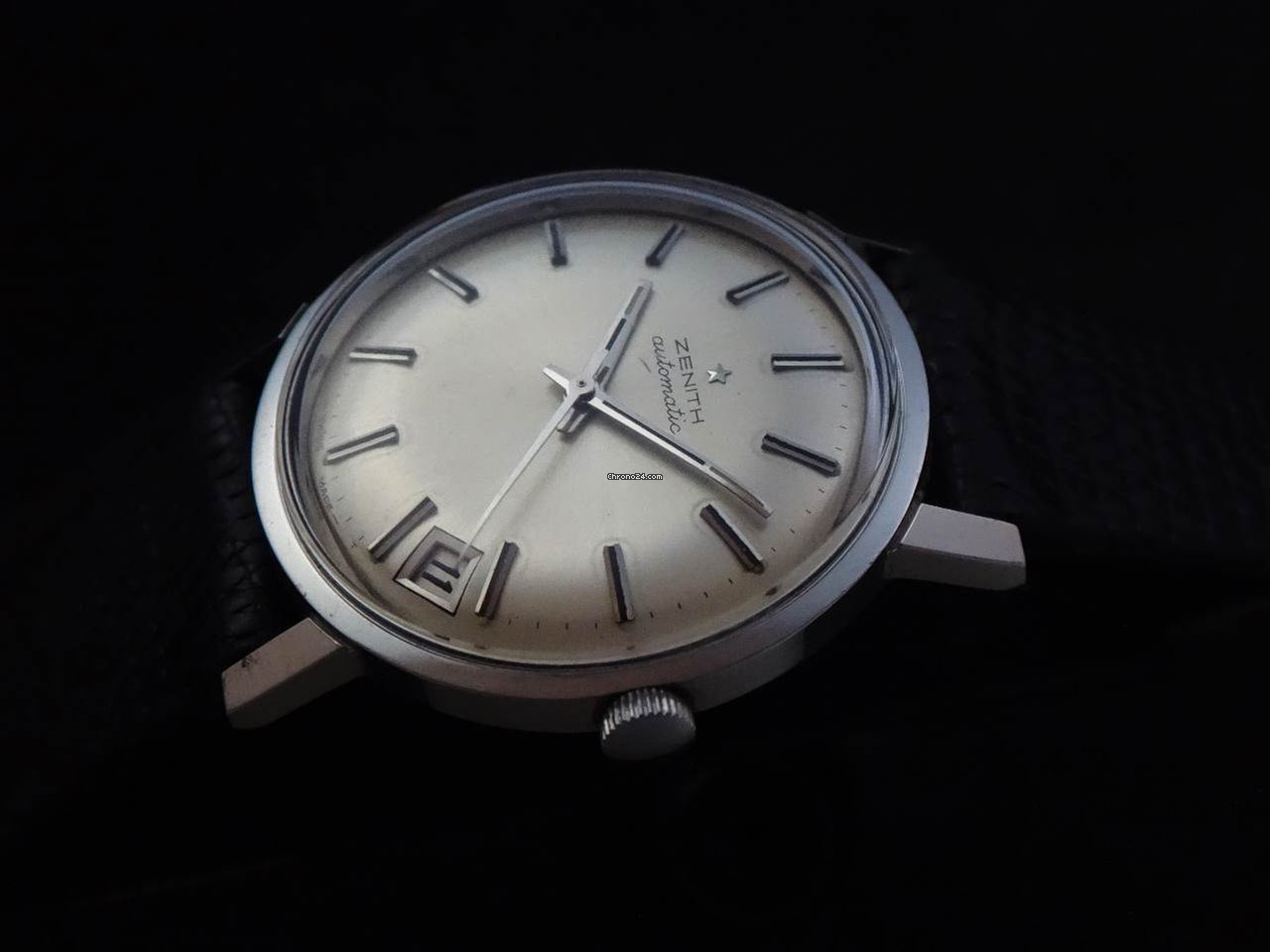 Zenith Vintage Automatic Watch 60's sold on Chrono24