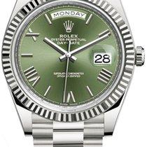 Rolex Day-Date 40 White gold 40mm Green Roman numerals