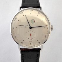 NOMOS Metro Datum Gangreserve pre-owned 37mm Silver Date Leather