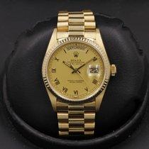 Rolex Day-Date 36 Gelbgold 36mm Champagnerfarben Römisch