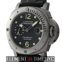 Panerai Titanium Automatic Black 44mm pre-owned Luminor Submersible