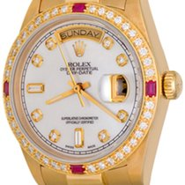 Rolex Day-Date 36 Or jaune 35mm Nacre Sans chiffres
