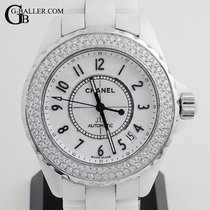 Chanel J12 H0970 pre-owned
