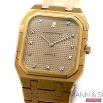 Audemars Piguet Royal Oak Jumbo Yellow gold 40mm Gold No numerals