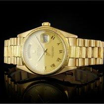 Rolex Day-Date 36 Gult guld 36mm Champagnefarvet Ingen tal
