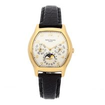 Patek Philippe Perpetual Calendar Yellow gold 35mm Silver Arabic numerals
