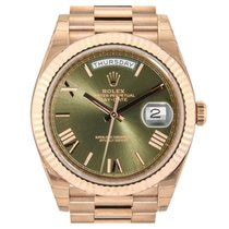 Rolex Day-Date 40 Rose Gold Olive Green Roman Dial 228235