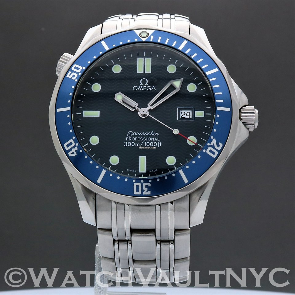 76b94b0490e Omega Seamaster Professional 300M James Bond for  1