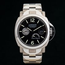 Panerai Luminor Power Reserve Titan 44mm Schwarz Arabisch