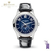 Patek Philippe Annual Calendar 5205G-013 2018 new