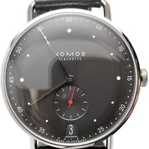 NOMOS Metro 38 Datum pre-owned 38.5mm Black Date Buckle