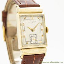 Hamilton Yellow gold Manual winding Arabic numerals 22mm pre-owned