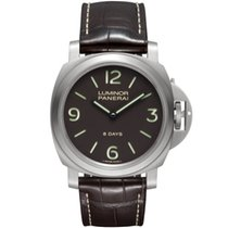 Panerai Luminor Base 8 Days PAM 00562 2018 new