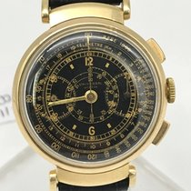 Universal Genève vintage gold chronograph 18K black
