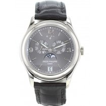 Patek Philippe Annual Calendar Or blanc 39mm Gris France, Paris