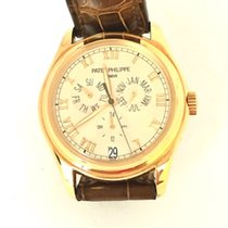 Patek Philippe Annual Calendar Yellow gold 37mm Champagne Roman numerals United States of America, New York, New York
