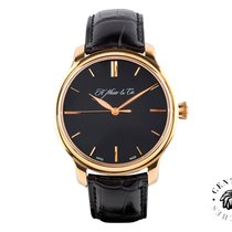 H.Moser & Cie. Monard Centre Seconds