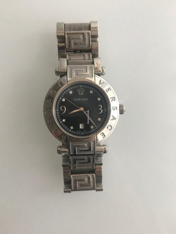 f614589ed Ceny dámských hodinek Versace | Koupit a porovnat dámské hodinky Versace na  Chrono24