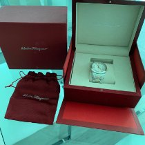 Salvatore Ferragamo tweedehands
