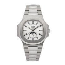 Patek Philippe Steel Automatic Silver No numerals 40.5mm pre-owned Nautilus