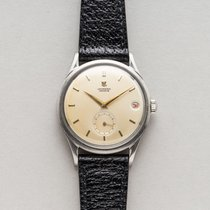 Universal Genève pre-owned Automatic 35mm