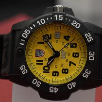 Luminox Carbone 45mm Quartz nouveau