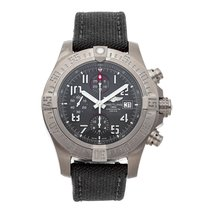 Breitling Avenger Bandit pre-owned 45mm Grey Chronograph Date Textile