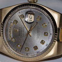 Rolex Day-Date Oysterquartz pre-owned