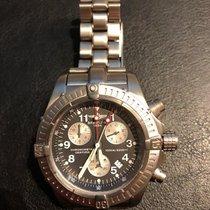 Breitling Avenger nouveau 2002 Quartz Chronographe Montre avec coffret d'origine et papiers d'origine E73360