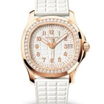 Patek Philippe Aquanaut Rose gold 35.6mm White Arabic numerals United States of America, New York, NYC