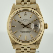 Rolex Oyster Perpetual Date pre-owned 34mm Date Yellow gold