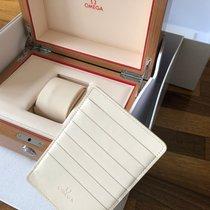 Omega 100% original Omega Precious Wood Box, modern style Sehr gut Schweiz, Neuchatel