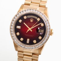 Rolex Day-Date 36 Yellow gold 36mm Red