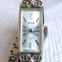 Seiko 11mm Corda manual 1940 usado Prata
