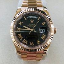 Rolex Day-Date II Ruzicasto zlato 41mm Smedj Rimski brojevi
