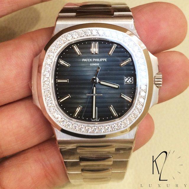 Patek Philippe 5713 1g Nautilus In White Gold Diamond Bezel For
