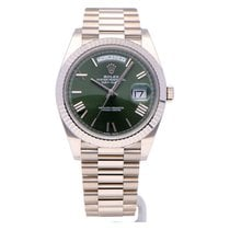 Rolex Day-Date 40 White gold 40mm Green Roman numerals