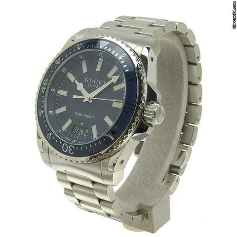 f82ff5aa182 Gucci Dive Men s Quartz Watch Model  136.2 for  745 for sale from a Trusted  Seller on Chrono24