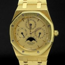Audemars Piguet Royal Oak Perpetual Calendar Yellow gold 40mm Gold